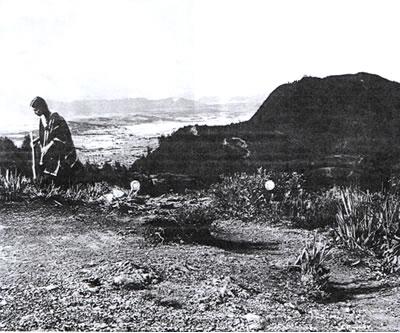 Cecilia Vicuña_Chibcha Trail_Bogotá 1981