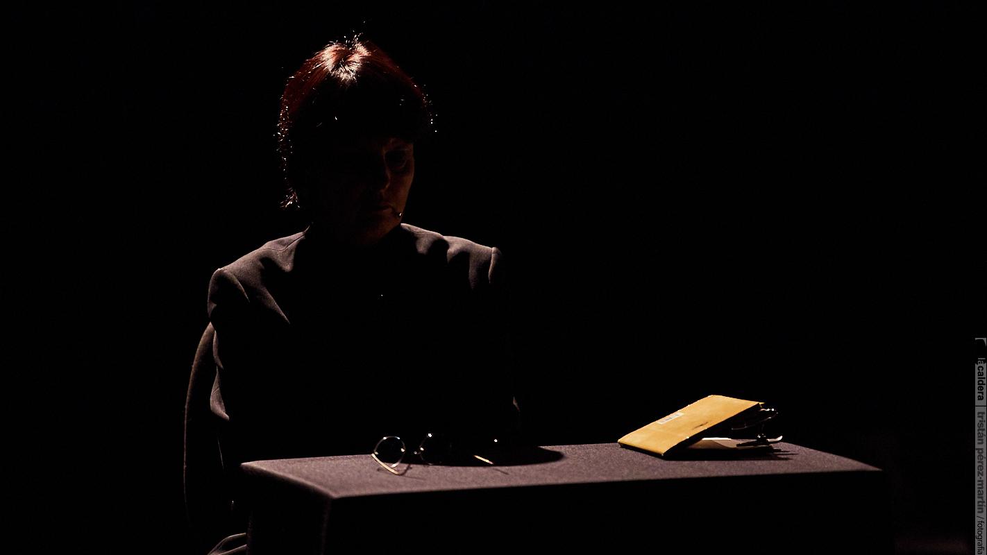 La Caldera / Matar a Platón - Chantal Maillard ©Tristán Pérez-Martín