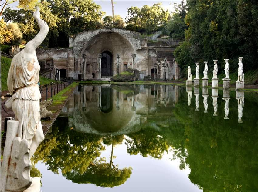Villa Adriana_creada en Tibur (actual Tívoli) como lugar de retiro de Roma por el emperador Adriano_en el siglo II